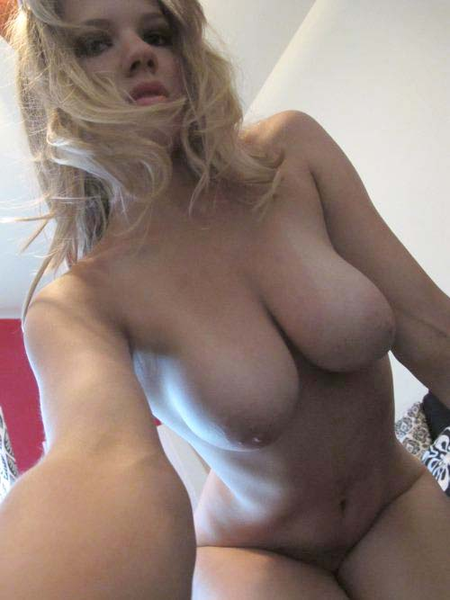 jeune blonde gros seins au numero de telephone sexe