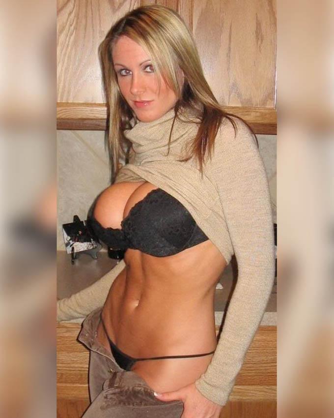 blonde gros seins naturels au telephone rose rapide